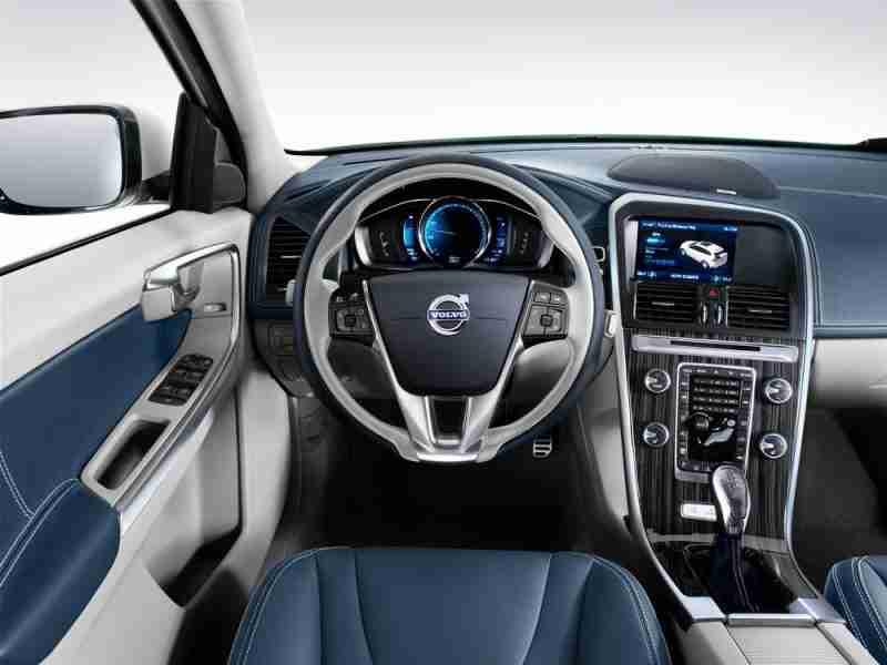 Noleggio lungo termine Volvo CX60